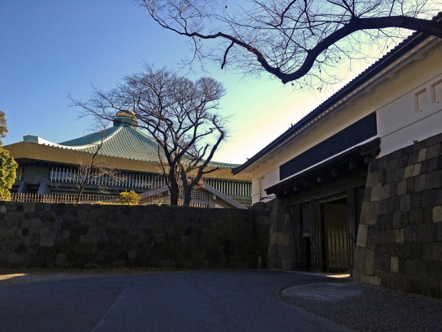 日本武道館と田安門